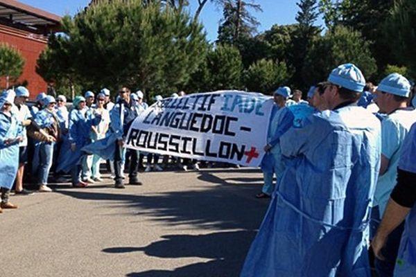 Les infirmiers anesthésistes de la région devant l'ARS à Montpellier - 21 mai 2015