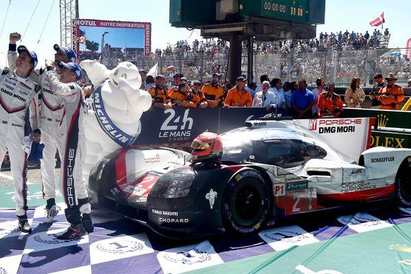Porsche quitte la catégorie reine de l'endurance pour la Formule E, ici aux 24H du Mans 2017