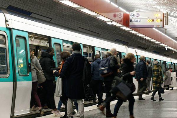 Retour à la normale dans le métro parisien