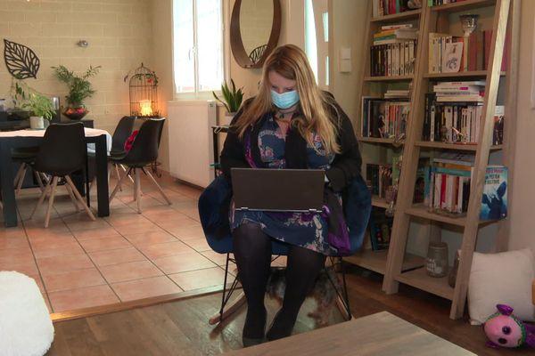 Elodie Rivet a créé ce Marché de Noël Virtuel, il y a un peu plus d'un mois.