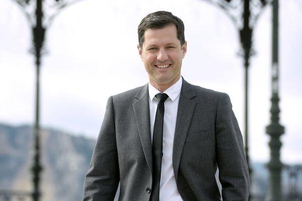 """Cette mesure vise à """"responsabiliser les familles"""" de """"ceux qui nuisent à leur quartier et à leur voisinage avait déclaré Nicolas Daragon, le maire de Valence."""