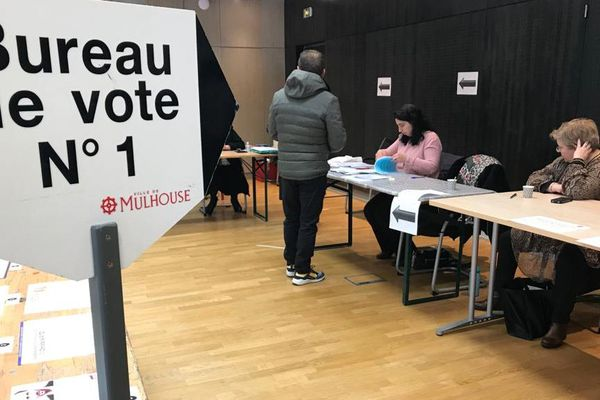 Mairie de Mulhouse, dimanche 15 mars 2020
