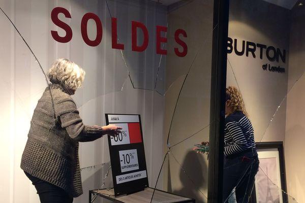 La vitrine du magasin Burton, rue de Feltre, à Nantes, le 12 janvier 2019