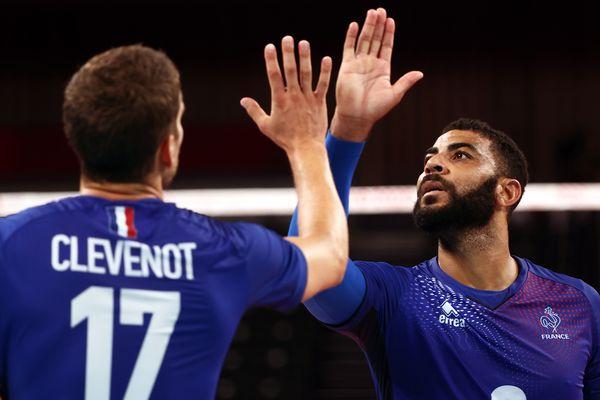 Earvin Ngapeth et l'équipe de France de volley se qualifient pour les demi-finales olympiques