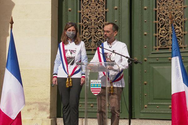Béziers (Hérault) - le maire Robert Ménard et son épouse, députée de l'Hérault lors de l'hommage à l'enseignant décapité Samuel Paty - 19 octobre 2020.
