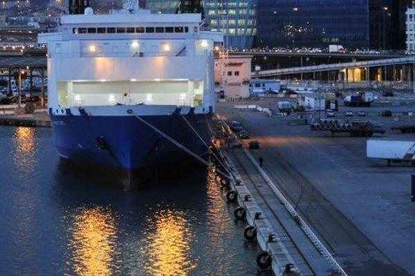 Le port de Marseille en mars 2011 lors d'un long conflit sur l'avenir de la SNCM