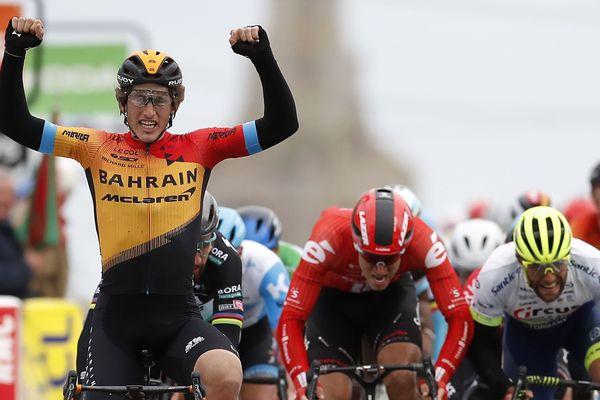 L'Espagnol Ivan Garcia Cortina est arrivé en tête de la troisième étape du Paris-Nice à la Châtre (Indre)