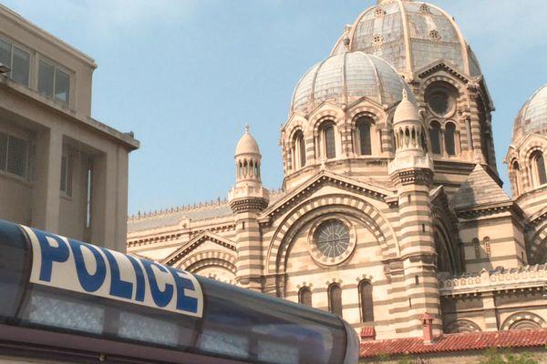 Les deux enquêtes ont été confiées à la police judiciaire.