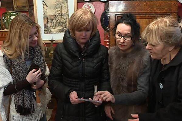 Les proches de Cabu ont rendu hommage au Châlonnais en petit comité / Châlons-en-Champagne, le 7 janvier 2018