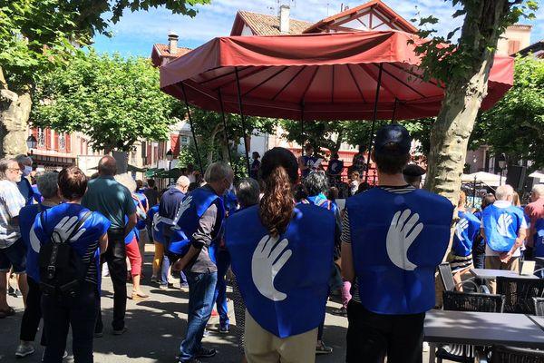 Ils étaient près de 600 ce matin à manifester à Saint-Jean-de-Luz pour la libération des détenus en fin de longues peines.