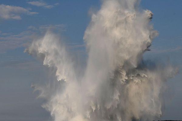 A 18h15, explosion dans la rade de Brest : la mine est neutralisée
