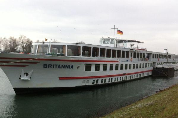 Le Britannia est immobilisé à Breisach am Rhein