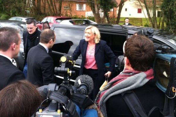 Marine le Pen en visite à Branges pour lancer la campagne des élections départementales