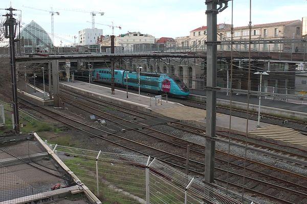 Les agents de la SNCF craignent quele centre opérationnel de proximité qui gère les TER ne soit transféré à Toulouse