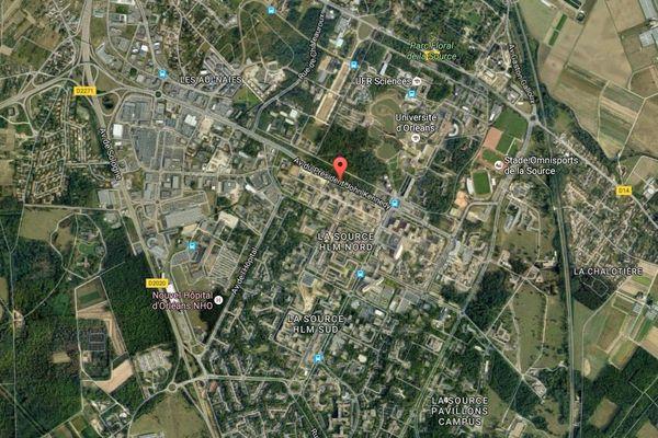 Une dizaine de voitures et poubelles ont brûlées ce dimanche soir à Orléans-La Source (Loiret)