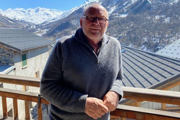 """René Meilleur, 3 étoiles à Saint-Martin-de-Belleville (Savoie), face au coronavirus : """"je pensais avoir la grippe avec une forte fièvre, des courbatures, des maux de tête insoutenables, et un peu de toux."""""""