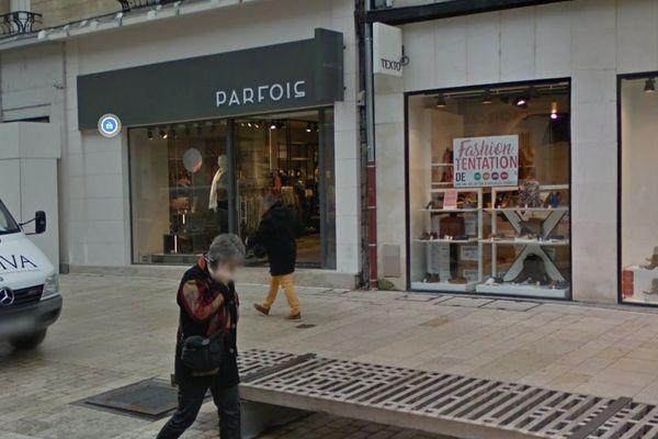 C'est dans ce magasin du centre ville d'Amiens qu'une cliente a été gravement blessée en tombant dans une trappe profonde de plus de 3 mètres.