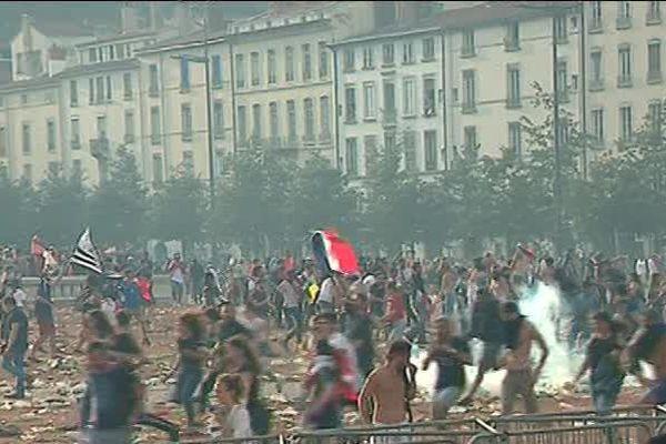 Mouvement de foule, dimanche, sur la fan-zone après France-Croatie