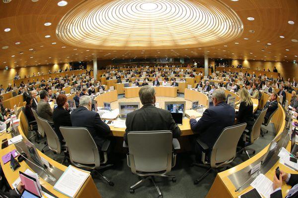L'assemblée du Conseil Régional de la Région Grand Est. Conseil régional de la région Grand Est.