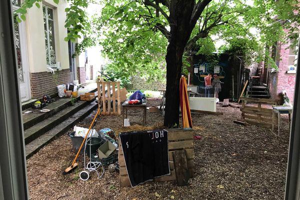 Une quarantaine de personnes se relaient pour occuper le Foyer Sainte-Marie rue de Joyeuse à Rouen