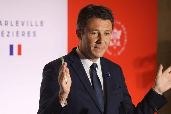 Benjamin Griveaux, porte-parole du gouvernement, lors d'une conférence de presse à Charleville-Mézières (Ardennes), le 7 novembre 2018.