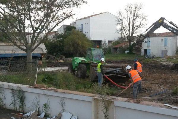 Déconstruction en cours à Boyardville.