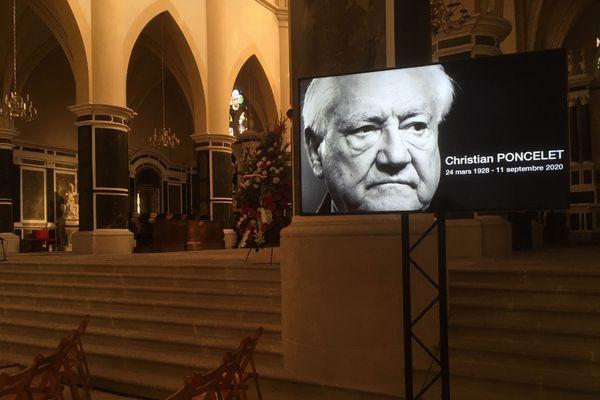 L'église abbatiale de Remiremont prête pour les obsèques de Christian Poncelet
