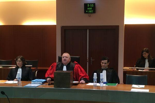 C'est Philippe Boussand, conseiller à la Cour d'Appel de Versailles, qui va conduire les débats pendant les 14 jours d'audiences.