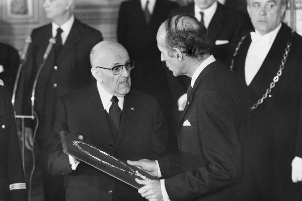 En 1974, Valéry Giscard d'Estaing devient président de la République.