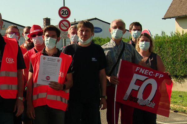 16 juin 2021 : mobilisation des salariés de l'entreprise Carrier-Transicold à Franqueville-Saint-Pierre près de Rouen