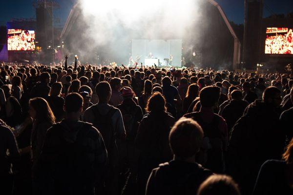 La foule devant le concert de Wax Taylor