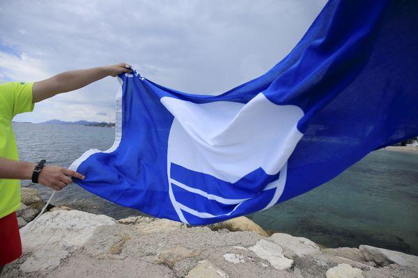 Le Pavillon Bleu fête ses 35 ans ! Né en France en 1985, le label est une référence en matière de tourisme durable au niveau international.