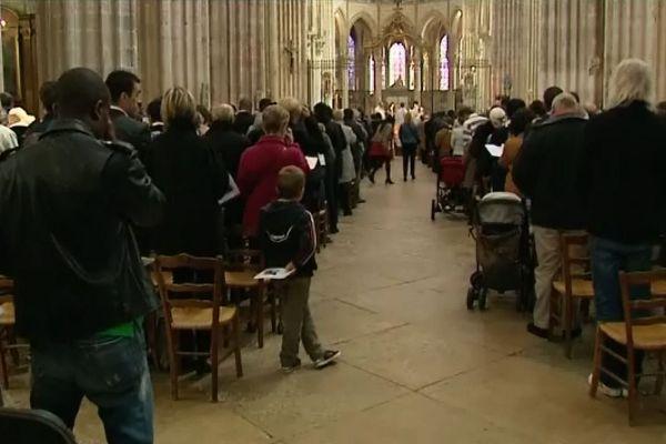 La messe de Pentecôte à Auxerre, beaucoup de fidèles se sont montrés favorables à la question d'introduire des femmes diacres dans l'Eglise