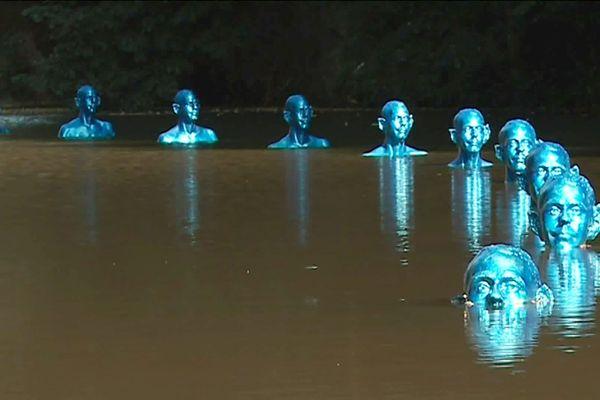 """""""Là où la marée monte et descend"""" une oeuvre Pedro Marzorati qui illustre le dérèglement climatique."""