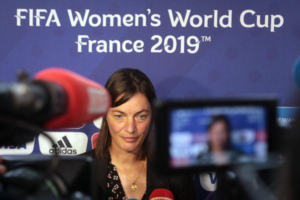 L'entraineuse des bleues, Corinne Diacre, lors d'une cérémonie de présentation du Mondial 2019 à Paris, en septembre
