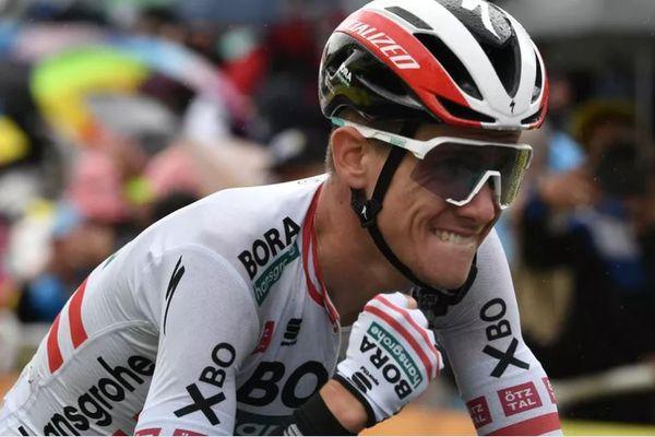 Saint-Gaudens (Haute-Garonne) - Patrick Konrad serre le poing à l'arrivée de la 16e étape du Tour de France, le 13 juillet 2021.