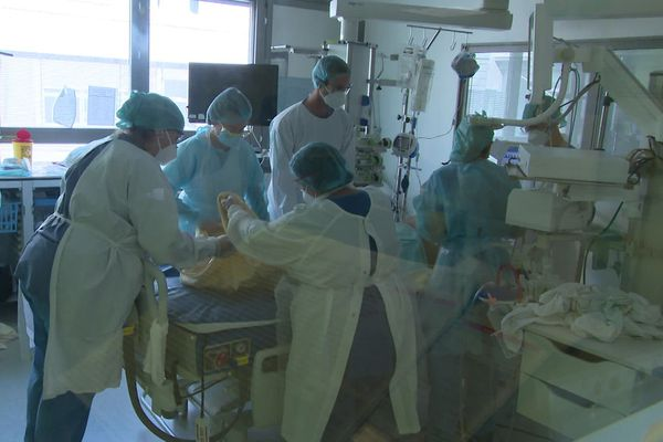 Au centre hospitalier universitaire de Dijon, le 18 septembre 2020.