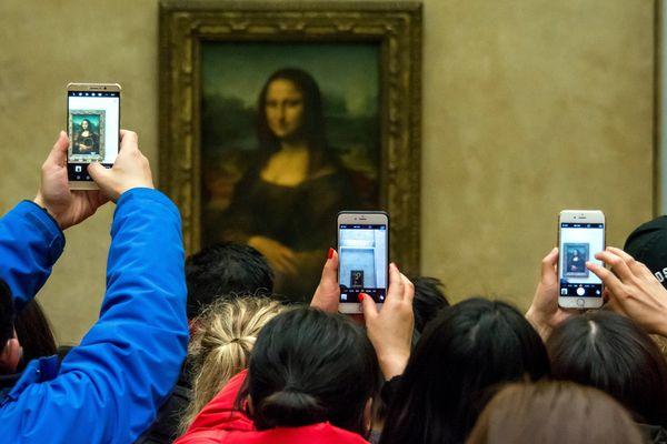 La salle où est exposée La Joconde a accueilli à elle seule plus de 100 millions de visiteurs en 15 ans.