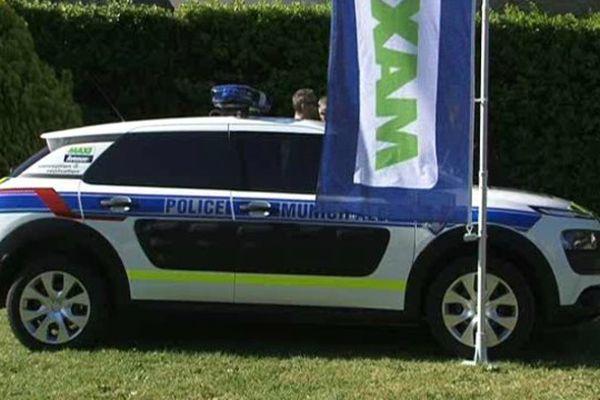 Une voiture de la police municipale.