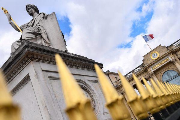 Les abords de l'Assemblée Nationale, à Paris.