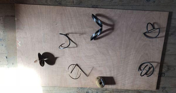 A chacun son jouet ! Les sculptures sont d'abord réalisées en version miniature.