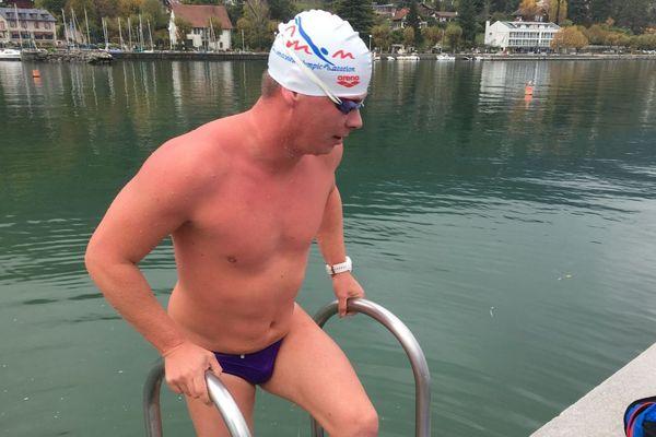 Alain Simiac Lejeune a 37 ans. Il a débuté l'ice swimming il y a deux ans.