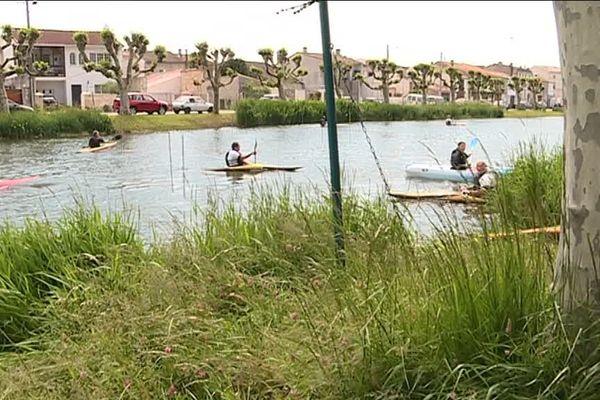 Le cours d'eau a été débroussaillé et des aires d'embarquement ont été installées.