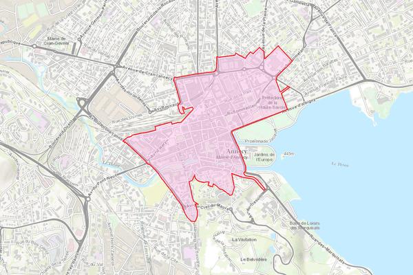 En rouge, le nouveau périmètre de port du masque obligatoire à Annecy.