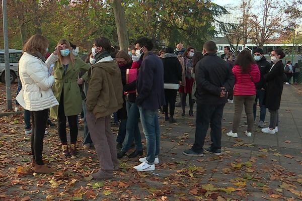 80% des enseignants du collège Sophie Germain à Strabourg ont fait débrayé mardi 17 novembre.