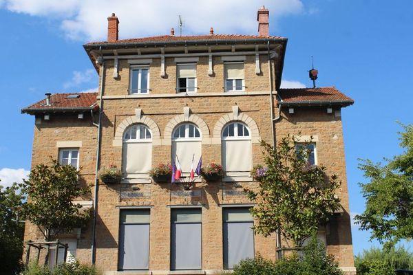 La mairie de Charnay-lès-Mâcon dans l'agglomération mâconnaise, en Saône-et-Loire.