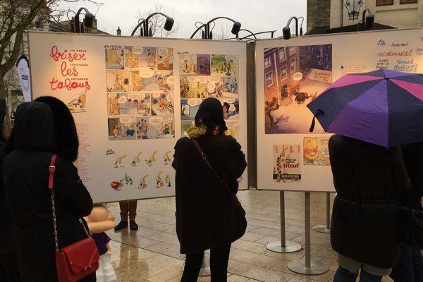 Exposition pour les 25 ans de Titeuf place de l'Hôtel de ville