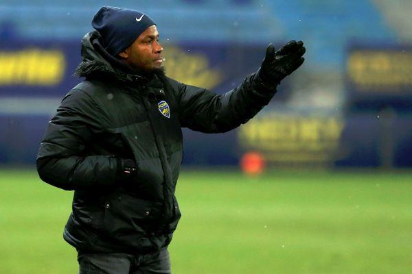 Omar Daf, entraîneur du FCSM.