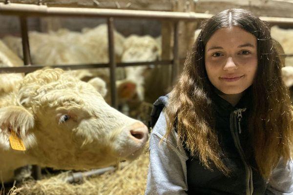 Amandine, lycéenne à Saint-Pouange dans l'Aube, élue Miss junior agricole 2020.