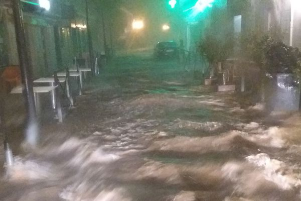 Ce vendredi 23 août, au matin, L'Ile-Rousse a été victime d'un violent épisode orageux. Il est tombé près de 58 mm de pluie à certains endroits.